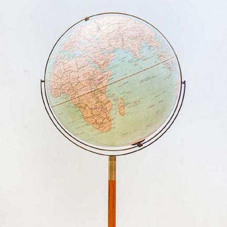 【SkyGlobe】17吋新仿古圖木頭中柱古銅圓尺鐵盤地球儀-LED發光(英文版)