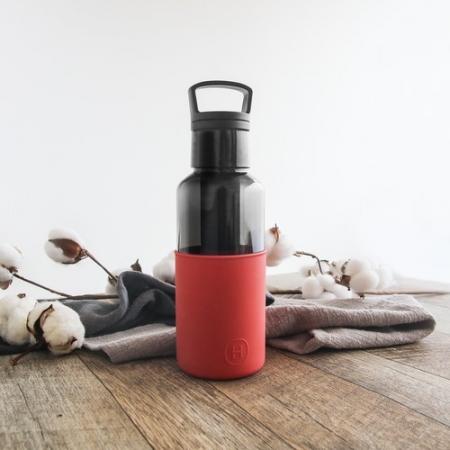 【美國 HYDY】  【春夏新品】輕靚水瓶   碳黑-帝國紅 590ML (內附有泡茶器)