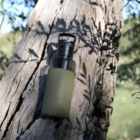 【美國 HYDY】  【春夏新品】輕靚水瓶   碳黑-海藻綠 590ML (內附有泡茶器)